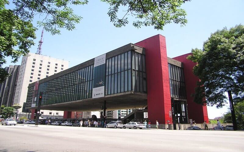 موزه هنر سائوپائولو در برزیل , سام سیر